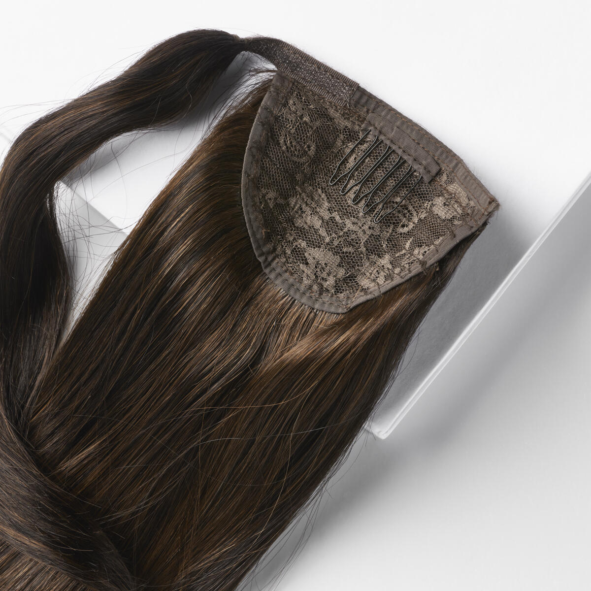 Clip-in Ponytail C2.0/2.3 Deep Brown Caramel ColorMelt 50 cm