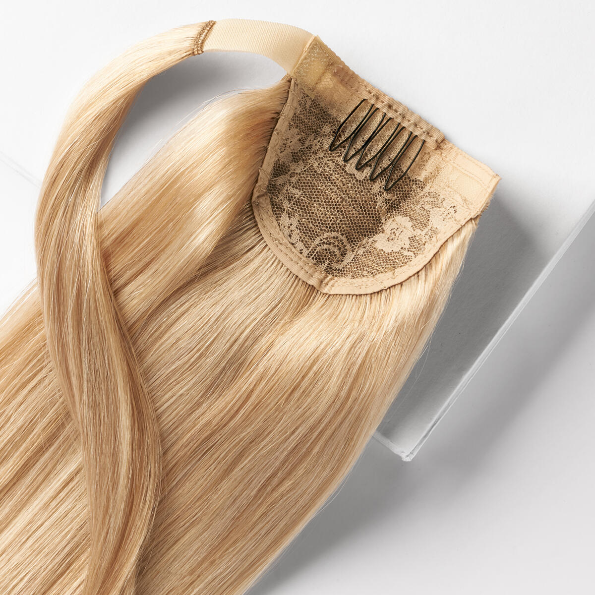 Clip-in Ponytail Ponytail made of real hair M7.5/10.8 Scandinavian Blonde Mix 50 cm