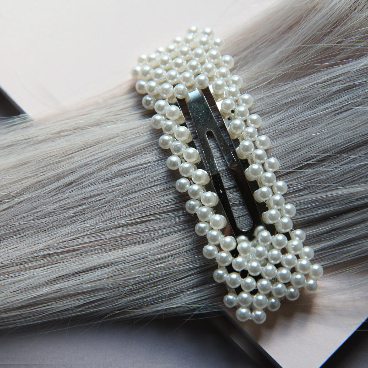 Rectangular hair slides with pearls Pearl Collection no. 13