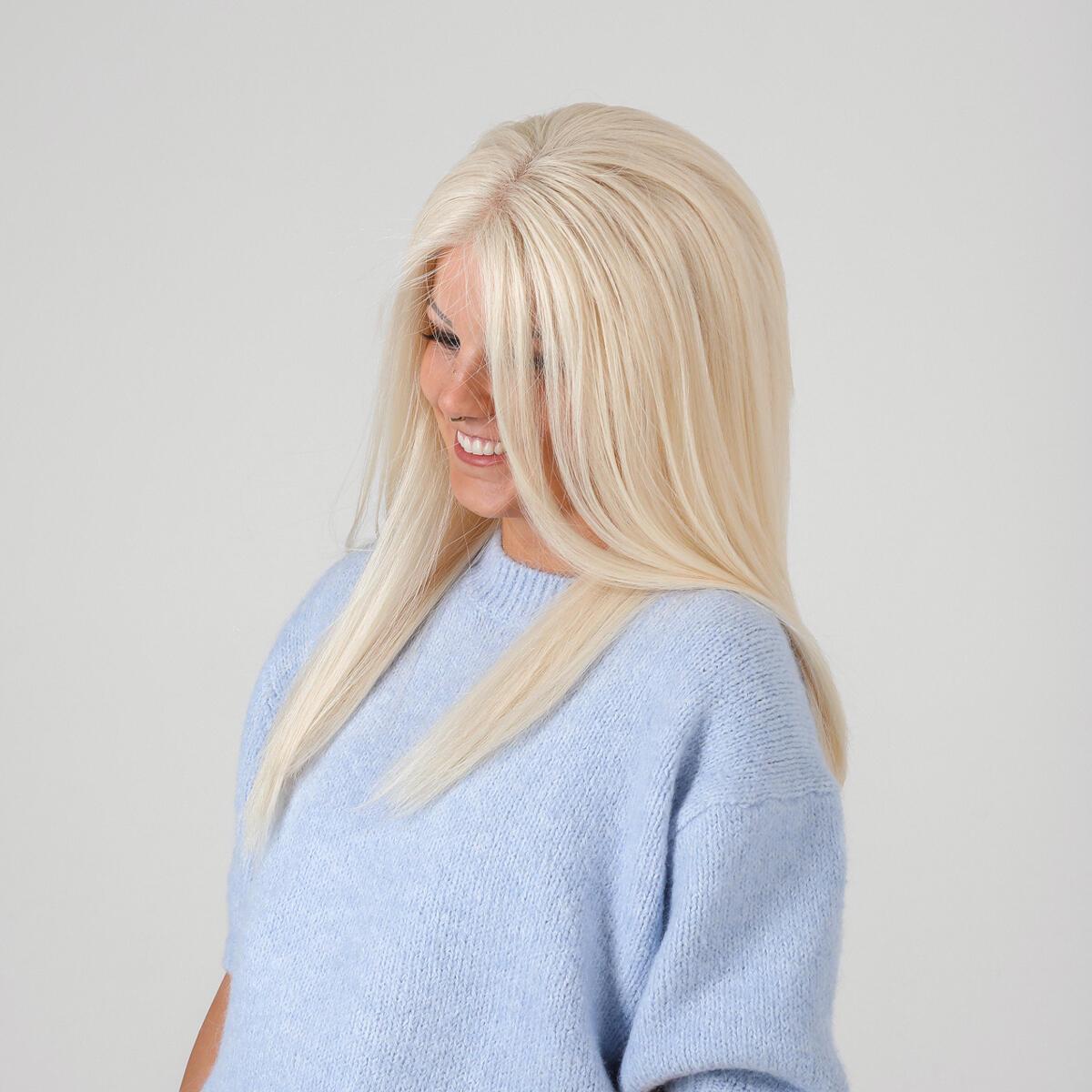 Lace Wig 10.8 Light Blonde 45 cm