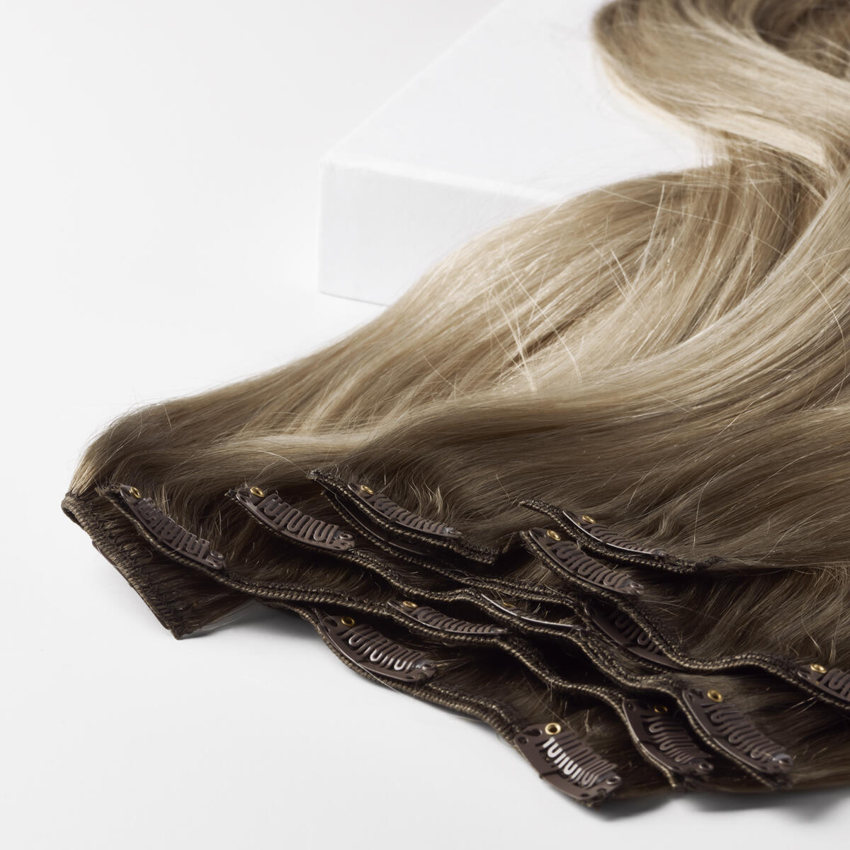 Clip-on set B2.6/10.7 Dark Ashy Blonde Balayage 50 cm